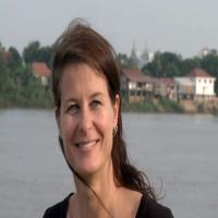 Nina Raeber